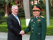 Vietnamese, US defence ministers hold talks