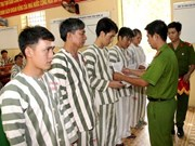 Tay Ninh: 691 prisoners have terms reduced on Tet occasion