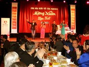 Overseas Vietnamese celebrate Lunar New Year