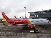 Air passengers surge during Tet festival