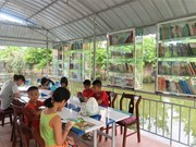 Children flock to Hai Duong reading garden