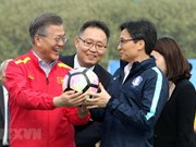 RoK President Moon meets Vietnam's U23 football team