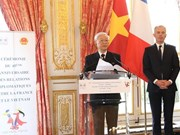 Vietnam, France mark 45th anniversary of diplomatic ties in Paris