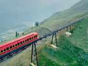 Mountain train from Sa Pa to Fansipan station opens
