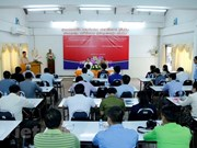 Vietnam helps Lao journalists improve skills