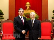 Party General Secretary hosts Chinese State Councillor