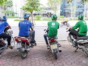 Vietnam ride-hailing firms gear up to compete with Grab