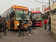 Hanoi to switch major bus stations into car parks by 2020