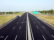 Eleven investors interested in My Thuan-Can Tho expressway project