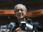 Malaysian PM vows to cut down national debt