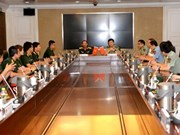 Vietnamese and Chinese young officers hold exchange