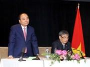 PM Nguyen Xuan Phuc meets Vietnamese expats in Canada