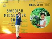 Friendly exchange held to mark Sweden's Mid-summer Day