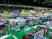 Vietnam-Laos trade fair opens in Vientiane