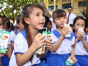 Ha Nam launches school milk programme for 2018-2020