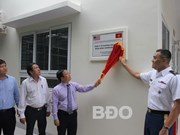 Binh Dinh receives healthcare station built with US funding