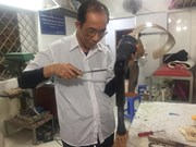 Veteran produces artificial limbs for disabled people