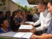 OVs in Cambodia affected by floods receive support