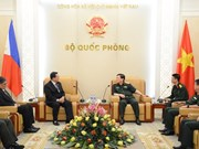 Vietnam treasures ties with Philippines: Defence Minister