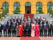 President asks new ambassadors to promote economic diplomacy