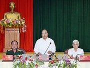 PM Phuc visits Army Corps 16 in Binh Phuoc