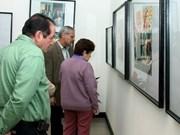 Photo exhibition on VN – Cuba ties opens in Hanoi