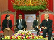 Leader assures Cambodian MPs of friendship