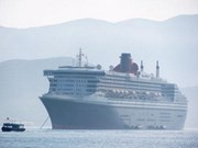 Queen Mary brings tourists to Nha Trang