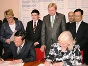 Vietnam, Germany sign educational accords