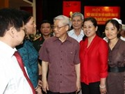 Party chief meets with voters in Hanoi