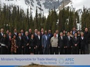 APEC ministers call for freer trade, investment