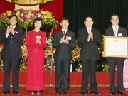 President hands Labour Order to Ba Dinh district
