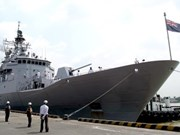 New Zealand naval ship visits HCM City