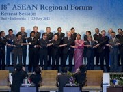 Deputy PM Khiem calls for joint cooperation at ARF