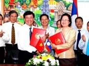 Vietnam, Laos target 2 billion USD trade