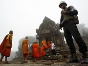 Cambodia withdraws troops from disputed area