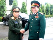Vietnamese military delegation visits Laos