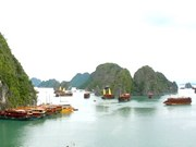 Nearly 2 million SMS to vote for Ha Long Bay