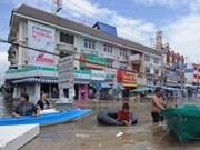 Thai tourism devastated by massive floods