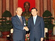 President Sang receives FEC Vice President