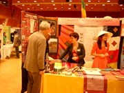 Vietnamese language promoted in France