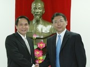 VN, China news agencies discuss cooperation