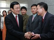 State, NA leaders pay Tet visits