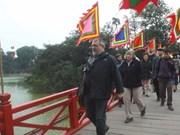 Tourists to Hanoi increase during Tet