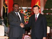 VN to share experience with Angola