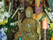 Jade Buddha statue placed in Paris pagoda