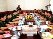 Vietnamese, Lao armies strengthen ties