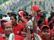 Red shirts move to impeach Thai judges