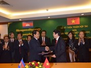 Vietnam, Cambodia radios sign cooperation agreement