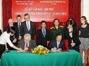 Ireland helps Vietnam deal with UXO